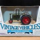 Massey-Harris Challenger Tractor Vintage Vehicles Ertl 1:43 Diecast