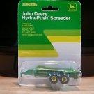 John Deere Hydra-Push Spreader Ertl 1:64