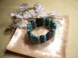 Black and blue chunky beaded bracelet-82238