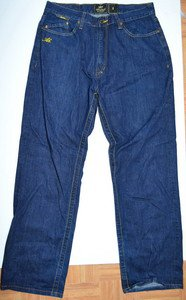 L629 Mens jeans AKADEMIKS Size 36 34x31