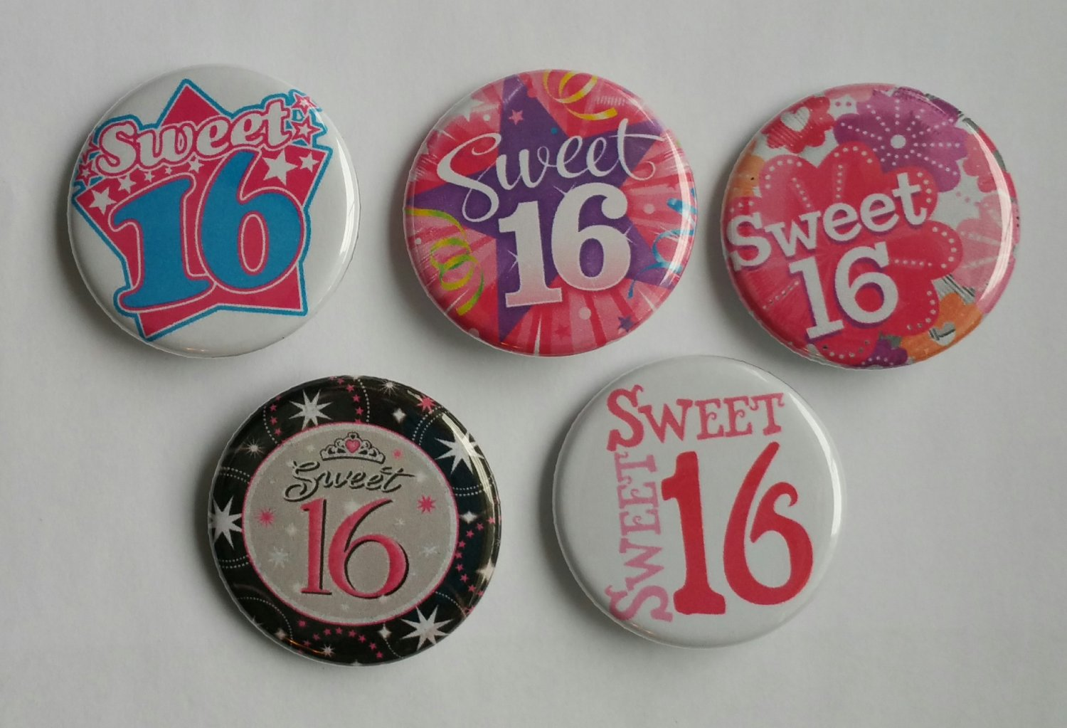 """Lot of 5 1.25"""" Pinback Buttons Badges Sweet 16 (1¼"""" Pins Approx. 32mm)"""