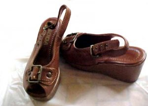 Girls Wedgeie Sandle Shoe - Free Shipping