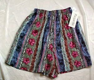 Paquette Womens Bermuda Shorts for Summer NWT Size: Petite Medium