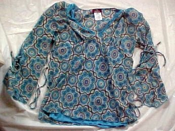 Jordache Over Blouse and Tank Top Combo Size Jr. 3/5