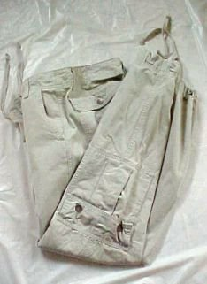 Levi Strauss Mens Khaki Cargo Pants  Size: Medium Free Shipping