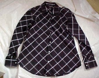 Van Heusen Womans Cotton Poly Shirt Blouse for Her  SIZE: Med