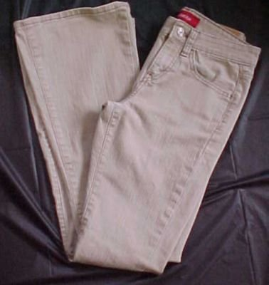 Levi Strauss Low Stretch Khaki Jeans - 1 JR L =M