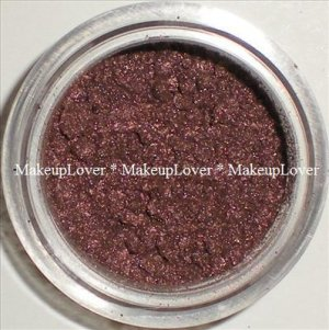 MAC Gold Stroke 1/2 tsp. pigment sample LE (Antiquitease)