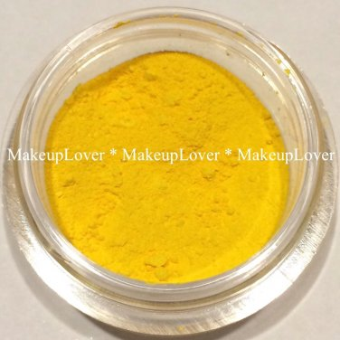 MAC Primary Yellow 1/4 tsp. pigment sample