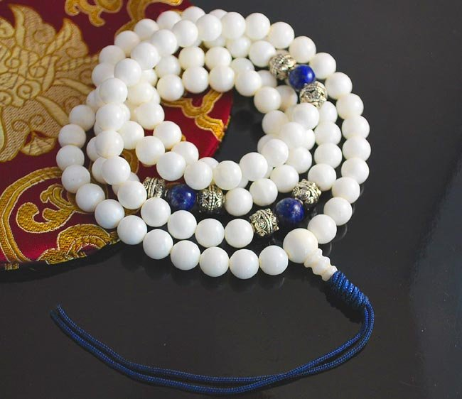10mm White Jade, Lapis and Silver