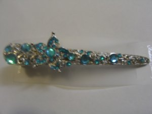 Ravishing Blue Stone Studded Hairclip