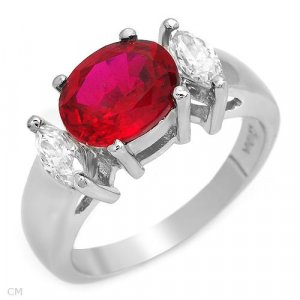Stylish Solid Sterling Silver Ring  With 5.73ctw Cubic Zirconia .sIZE 8.