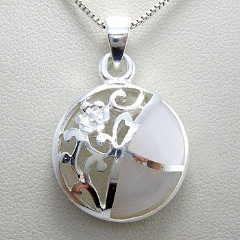 925 Sterling  Silver Mother Of Pearl  Pendent