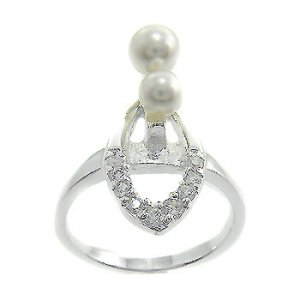 925 Sterling Silver White CZ & Pearl Ring size 8
