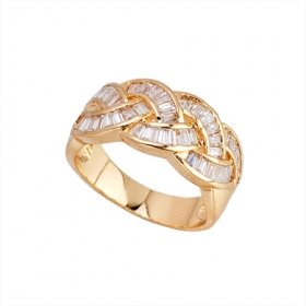 Beautiful 18K Gold Plated CZ Cubic Zirconia Ring Size 6