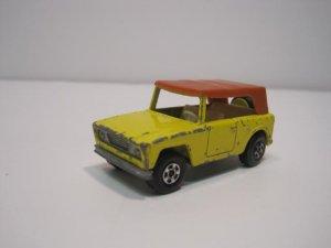 Vintage Matchbox Superfast No.18 Field Car