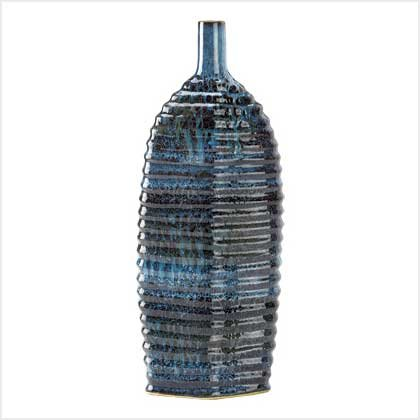 #    39074     Sea-blue swirl vase