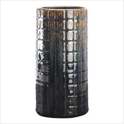 #     39260       Lustrous cylindrical vase