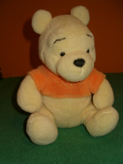 Disney Store Winnie The Pooh Plush Toy Lovey