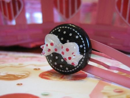 Dots and Ribbon - Black and Pink