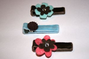 Set of three velvet alligator clips