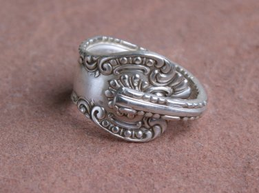 Wm. Rodgers York pattern 1900 Silverplate Flatware Spoon Ring # 028 SZ 9
