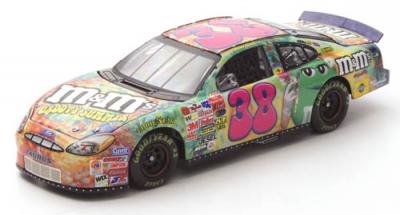 Elliott Sadler 2003 M&M's Groovy Action 1/24 Nascar Diecast - SUPER RARE