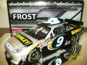FREE U.S. SHIP 2012 MARCOS AMBROSE STANLEY TOOLS FROST 1/24 ACTION-LIONEL NASCAR DIECAST