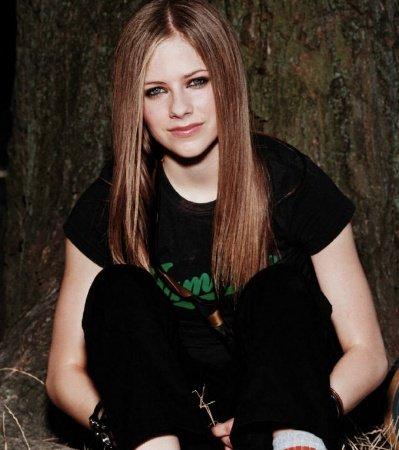 Avril Lavigne ~ 2