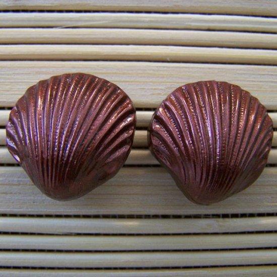 shell shaped chocolate stud earrings large