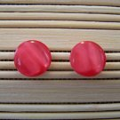 red wavy sheen stud earrings