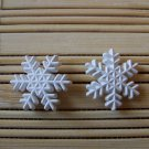 rounded snowflakes stud earrings