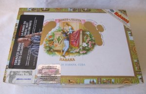Vintage Romeo Julieta Wooden Cigar Box Cuba 8 In