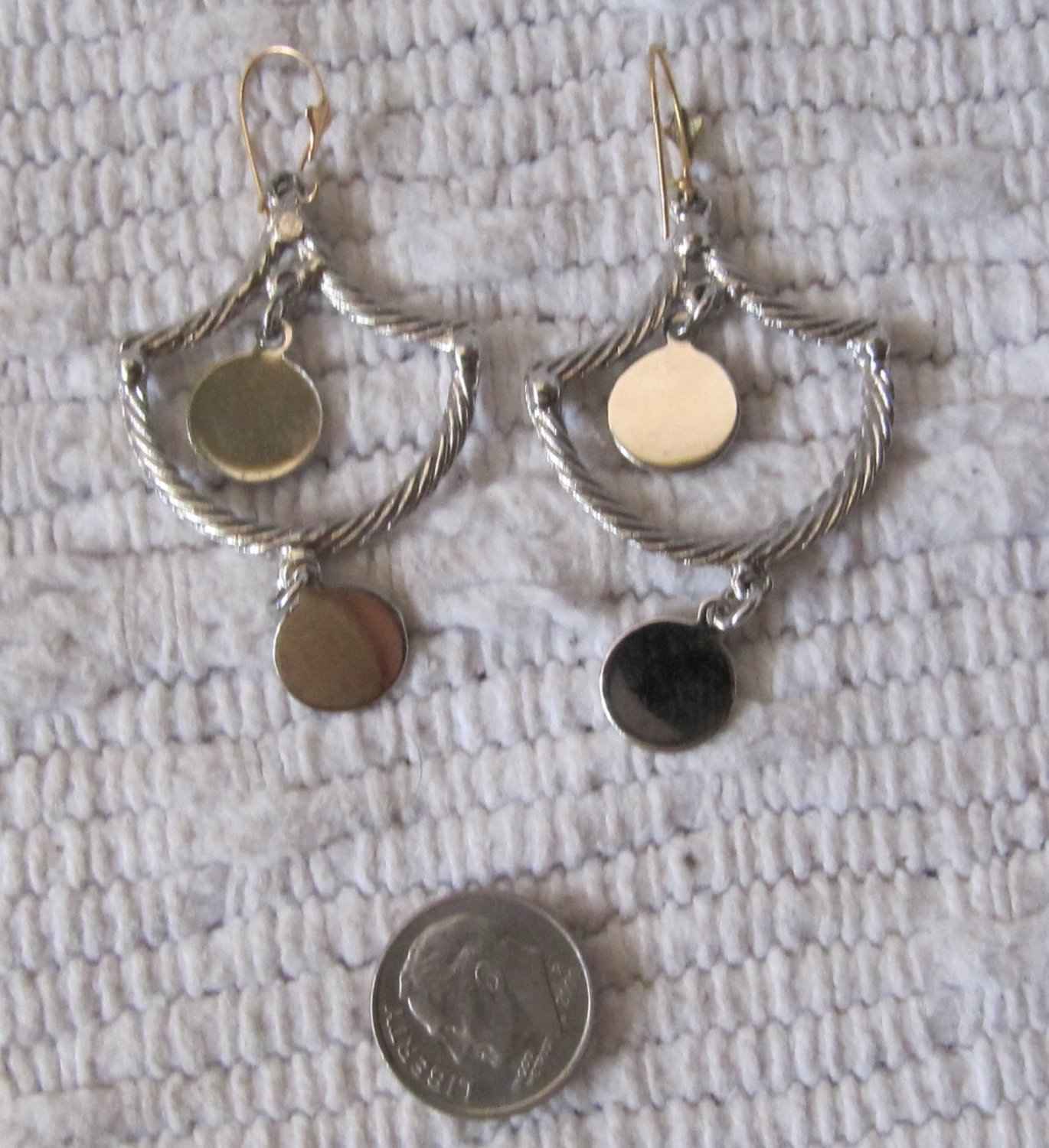 Vintage Flashy Bright Silver Tone Dangle Drop Disc Style Pierced Earrings 2.5 Inches