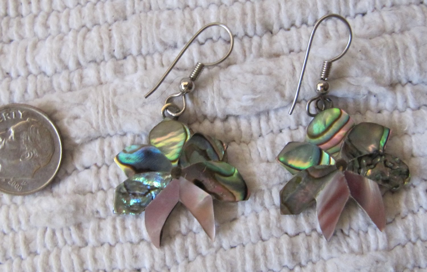 Vintage Pierced Earrings Genuine Mother of Pearl MOP Iridescent Mosaic Floral Design Dangle 1 Inch