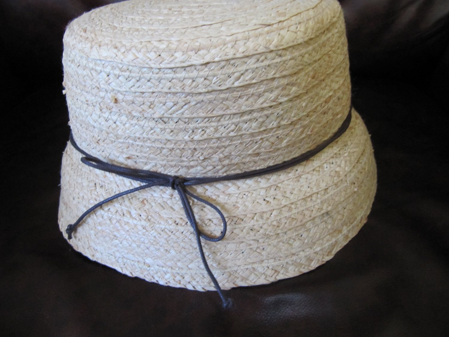 Cute Ladies Straw Sun Hat Cloche August Brand 22 Inch Band