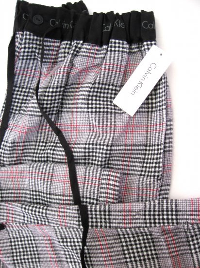 A0240 Calvin Klein Plaid Flannel Lounge Pant U5010D BLACK SIZE = MEDIUM