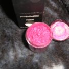 MAC PIGMENT FUCHSIA w0w sample sz