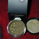 mac pigment Vintage Gold  limited ed  sample