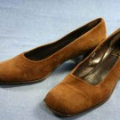 JOAN & DAVID $235 BROWN SUEDE MID HEEL PUMPS 7.5 N
