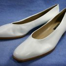 SELBY WHITE LEATHER LOW HEEL PUMPS 12 M NEW