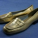 COUP D'ETAT WOMENS GOLD LEATHER LOAFERS 8.5 N