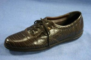 EASY SPIRIT BROWN CROCO LEATHER WALKING SHOE OXFORD 7.5