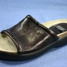ANNE KLEIN BROWN LEATHER FLAT SLIDE SANDALS 6 M