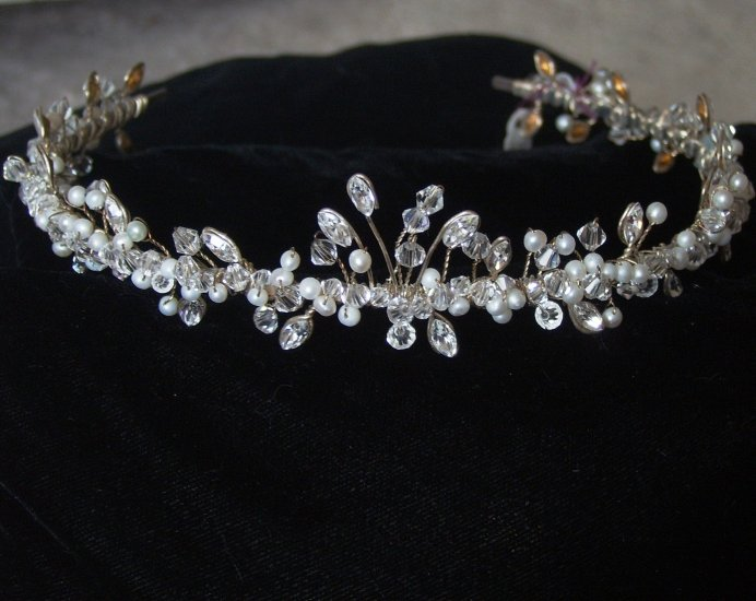 Florence Tiara by Renee Romano in Clear Crystal and Freshwater Pearls