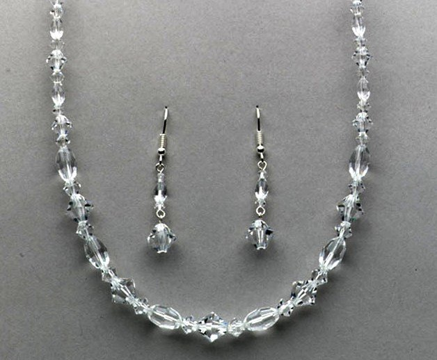 Bailee Swarovski Crystal Necklace & Earring Set in Clear or Aurora Borealis