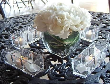"""Links "" by Design Ideas Rectangle 3 compartment Candleholder"