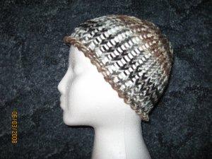 Dark Camo skully knit hat