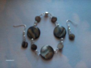 MOP shell bracelet