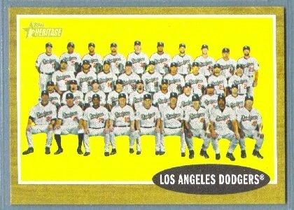 2011 Topps Heritage Baseball Los Angeles Dodgers Team (Dodgers) #43